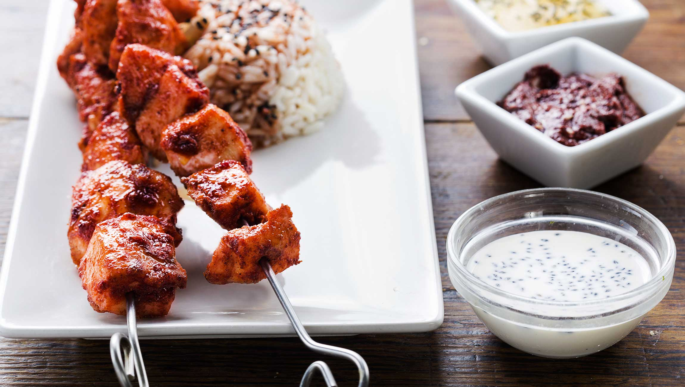 chicken skewers with rice